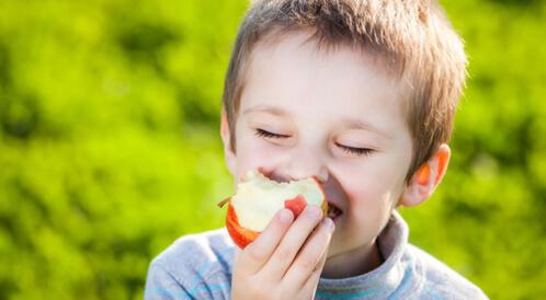 التفاح للأطفال