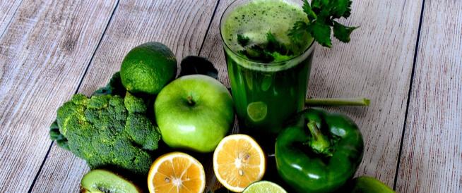 العصير الاخضر: بين فوائد وأضرار