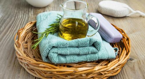 فوائد زيت الزيتون للوجه وللبشرة