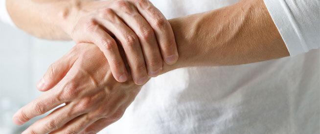 تنميل الجسم: الأسباب والعلاج وطرق الوقاية