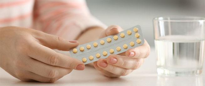 أضرار حبوب منع الحمل وتأثيرها على فرص الحمل