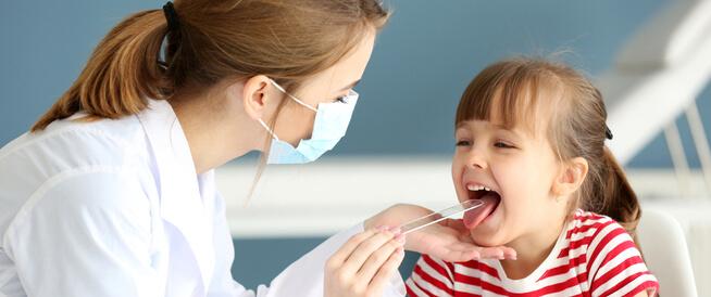 علاج التهاب الحلق للاطفال