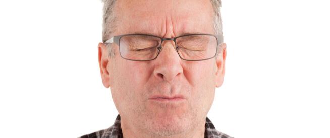 أسباب مرارة الفم عند الاستيقاظ