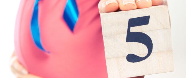 ما هي مخاطر الشهر الخامس من الحمل؟
