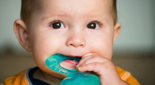أعراض ظهور الاسنان عند الاطفال