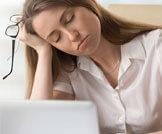 أضرار قلة النوم على الجسم