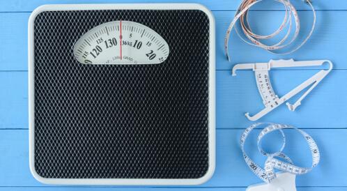 كيفية حساب نسبة الدهون في الجسم