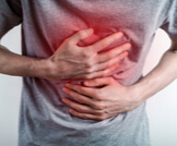 ما هي أعراض زيادة عصارة المعدة؟