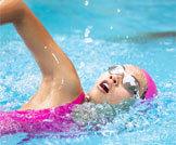 أنواع السباحة وفوائدها