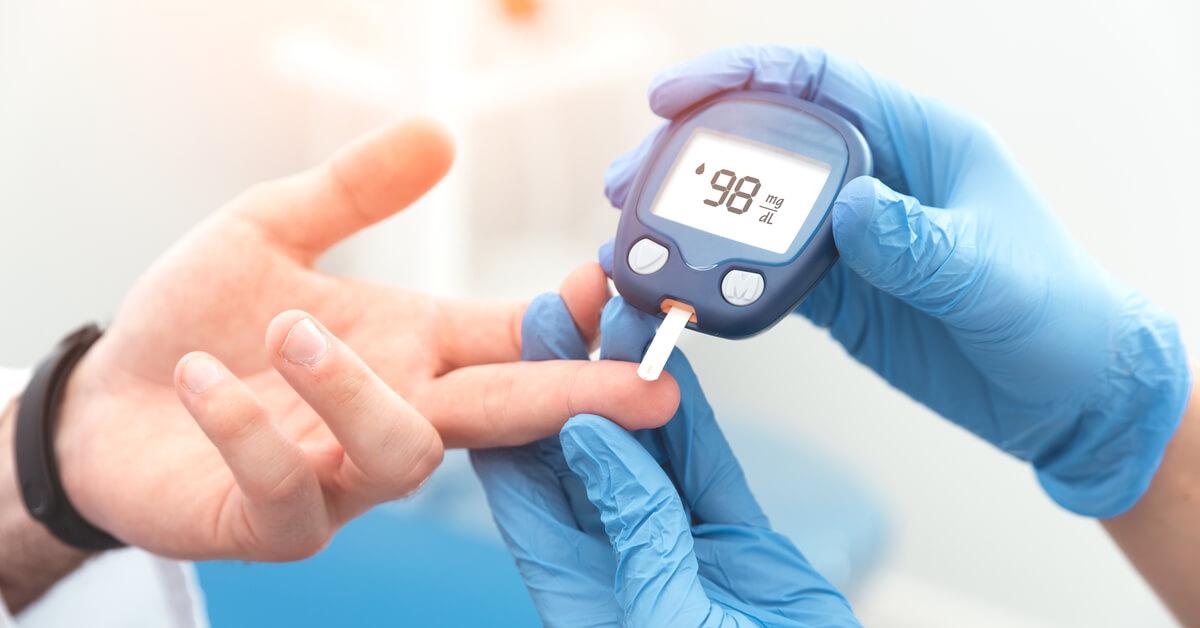 أعراض ارتفاع السكر بعد الأكل وطرق الوقاية ويب طب