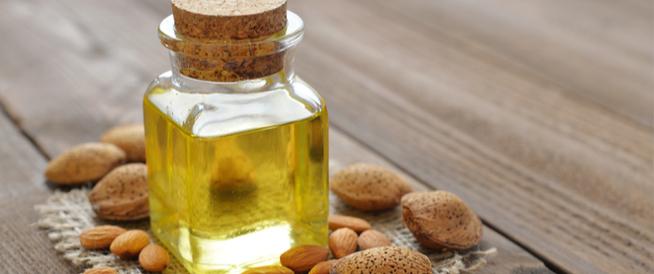 فوائد زيت اللوز الحلو للرموش والشعر ويب طب