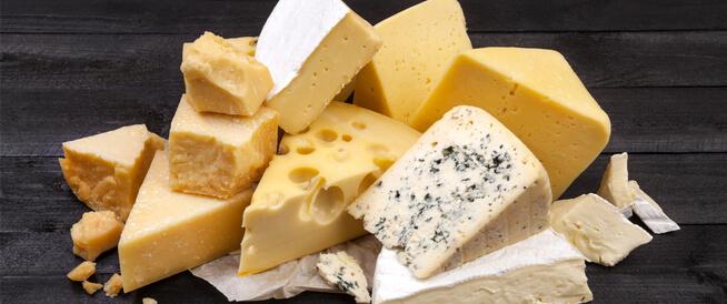 تعرف على أنواع الجبن وأهم المعلومات عنه ويب طب