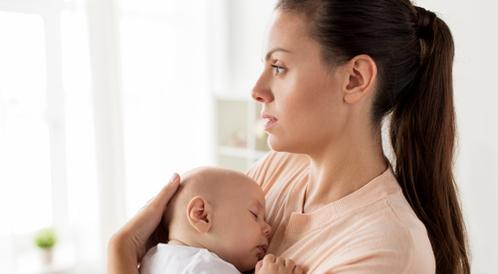 تأخر الدورة بعد الولادة القيصرية