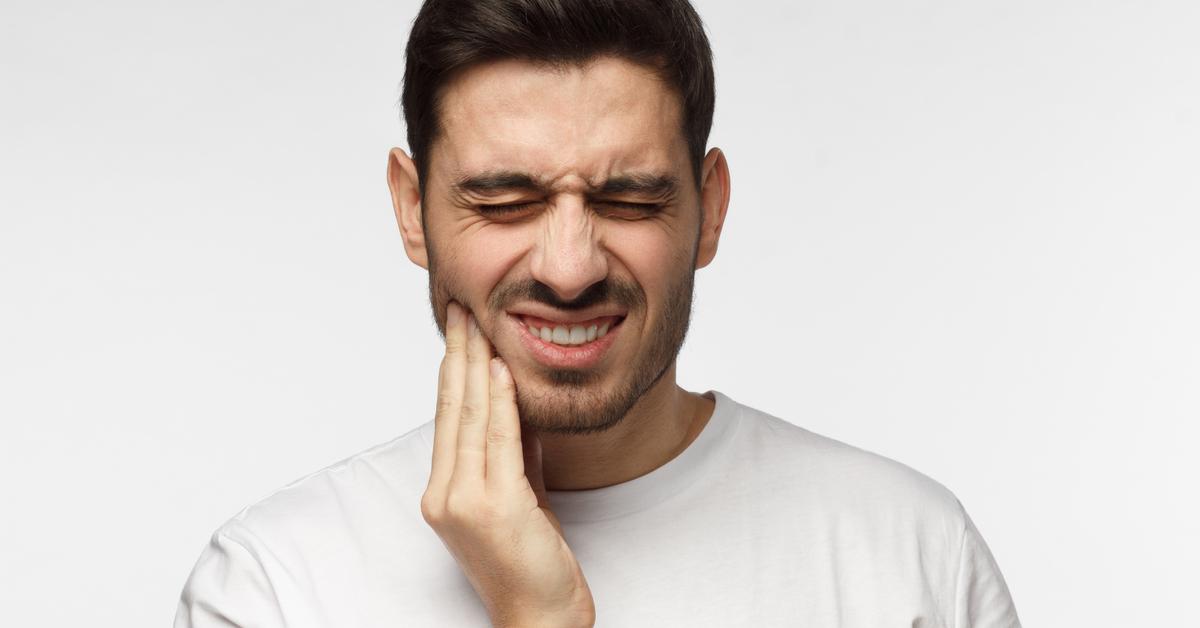 هل طقطقة الفك خطيرة إليك الإجابة ويب طب