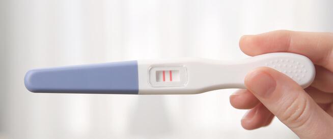 هل يمكن حدوث حمل أثناء الدورة الشهرية؟