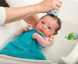 تعرفي على أفضل وقت لاستحمام الرضيع