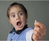 عدد الأسنان اللبنية ومتى تُستبدل