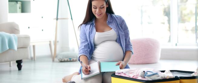 حقيبة الولادة: على ماذا يجب أن تحتوي؟