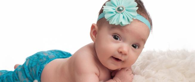 الرضيع في الشهر الثالث دليلك الشامل ويب طب