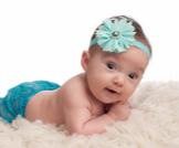 الرضيع في الشهر الثالث: دليلك الشامل