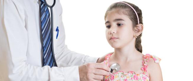 أسباب ضربات القلب السريعة المفاجئة عند الأطفال