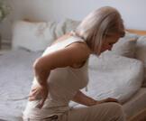أسباب شد العضل أثناء النوم