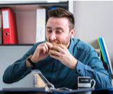 ما هي أضرار الأكل السريع؟