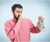 كيفية التخلص من رائحة القدمين
