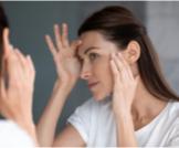 أعراض نقص الفيتامينات على الجلد