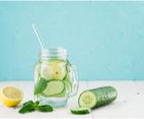 فوائد الماء مع الليمون والنعناع والخيار
