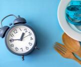الوجبات الغذائية وتوزيع أوقاتها في اليوم