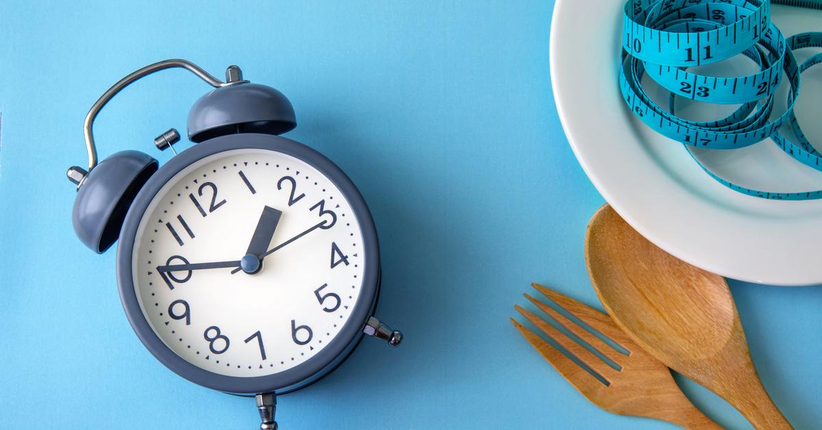 الوجبات الغذائية وتوزيع أوقاتها في اليوم ويب طب