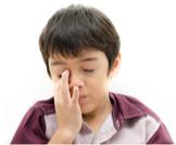 أعراض جفاف العين عند الأطفال