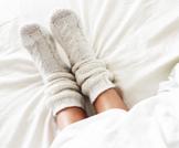 برودة القدمين قبل الدورة وأعراض أخرى مصاحبة لها