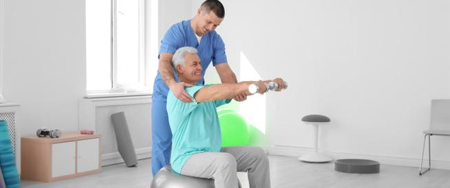 العلاج الطبيعي لمرضى الجلطة الدماغية
