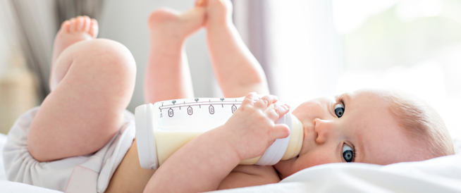الرضاعة المختلطة (الطبيعية والصناعية)