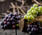 هل العنب يسمن أم ينحف؟