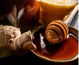 فوائد العسل الأسود والليمون
