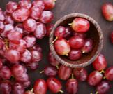 فوائد العنب الأحمر للحامل