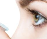 مخاطر زرع العدسات داخل العين