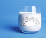 هل الحليب يزيد الوزن أم يسبب نقصانه؟