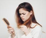 علاج ضعف الشعر: خيارات عديدة ومتنوعة