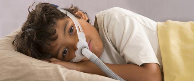 علاج صعوبة التنفس عند الأطفال أثناء النوم