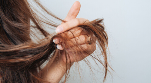 علاج خشونة الشعر بعد الصبغة