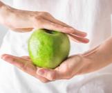 فوائد التفاح للمعدة وللجهاز الهضمي