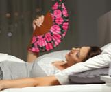 أسباب الحرارة الداخلية عند النوم