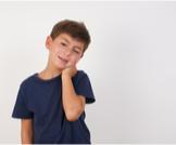 ألم الرقبة عند الأطفال: أسباب وعلاجات