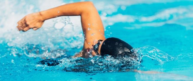 أضرار السباحة ونصائح لتجنبها