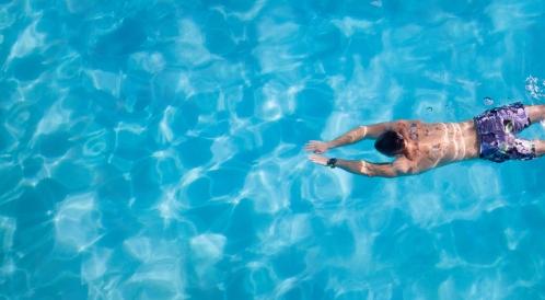 فوائد السباحة للرجال