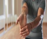 علاج طبيعي لمفصل اليد